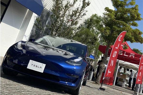 降價的 Model 3 勢不可擋!特斯拉日本三月銷量暴增 13 倍