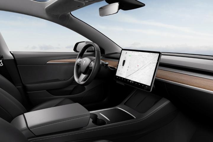 特斯拉 Model 3 美國又漲價:內裝同步換新,台灣車主準備迎接吧!
