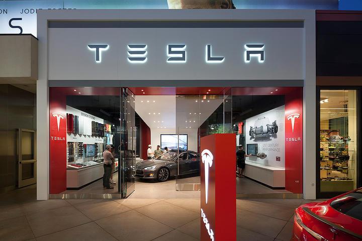 電池大廠喊話:電動車價格持續降低,「油電平價」將在 2025 年實現