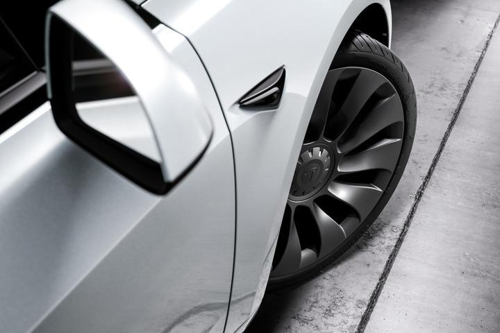 【省電比一比】15 家車廠共 45 款電動車最新 EPA 電耗排行榜