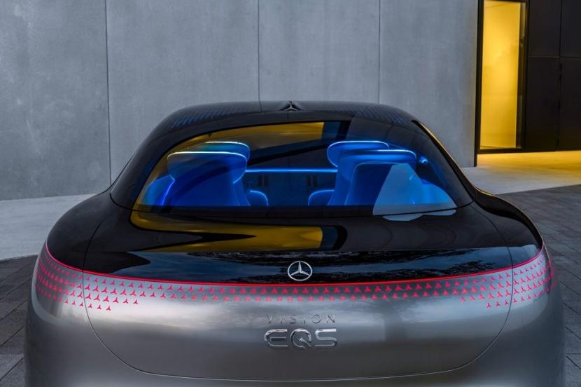 M.Benz Vision EQS:賓士 S 級電動豪華房車 能跑 700 公里 - 3