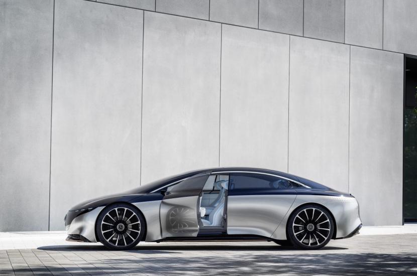 M.Benz Vision EQS:賓士 S 級電動豪華房車 能跑 700 公里 - 6