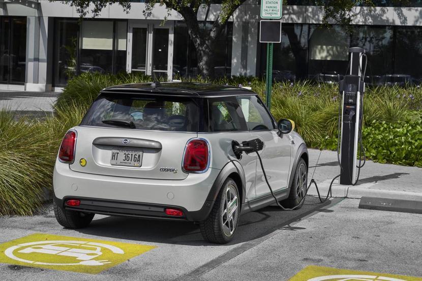 英國汽車協會警告:僅-5%-技師會修電動車,後勤能量跟不上電動車增長腳步-2