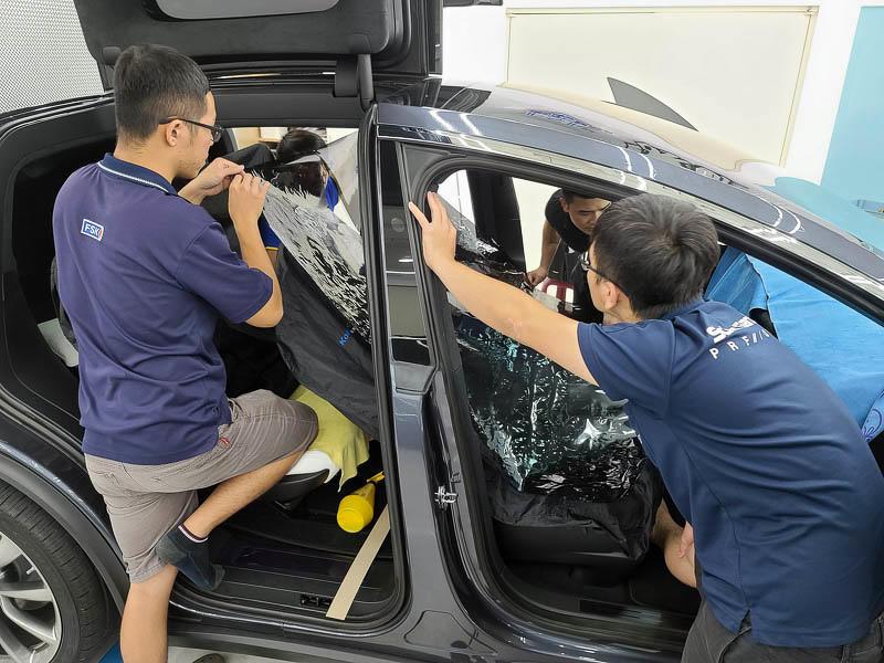 特斯拉FSK高性價比隔熱紙分享-(內湖宜展):體驗專業諮詢和車友大推的精緻施工就來這裡吧!-12