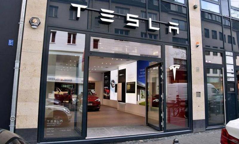 馬斯克電池日又一豪語:上海工廠產能要翻倍,每年生產百萬台電動車!-3