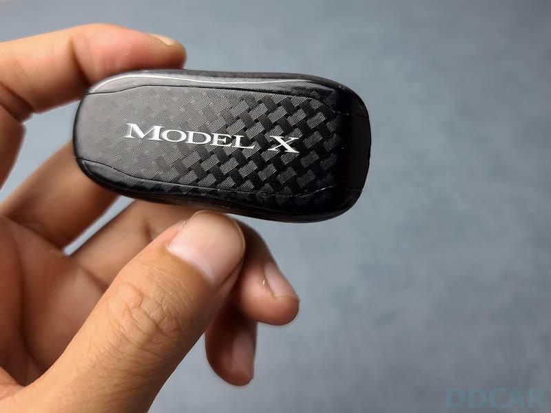 特斯拉-Key-Fob-鑰匙包膜分享:霧面-+-編織紋新衣上身,防指紋又不怕脫皮囉!-8