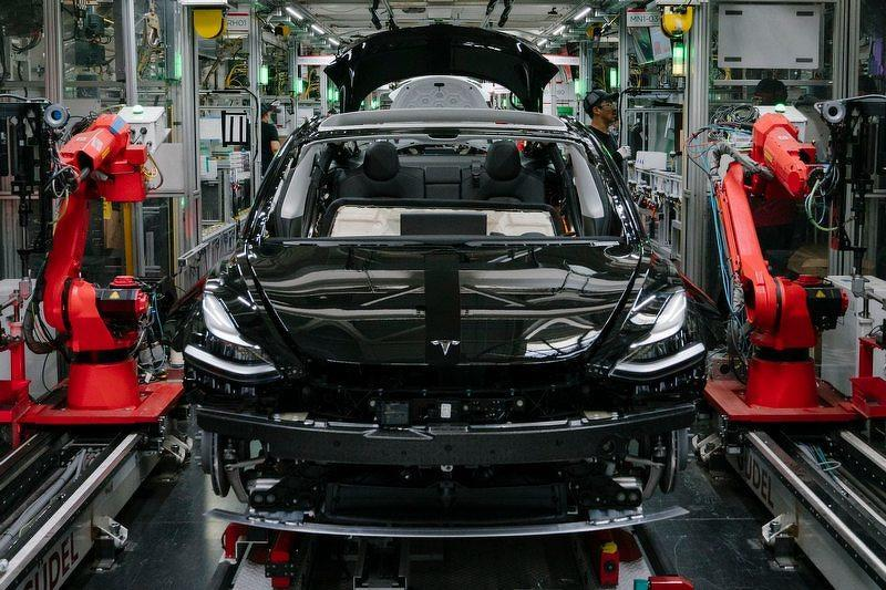 Model-3-又改版了!10-5-起生產的新車都裝上全新暖通空調,預料就包含熱泵系統-1