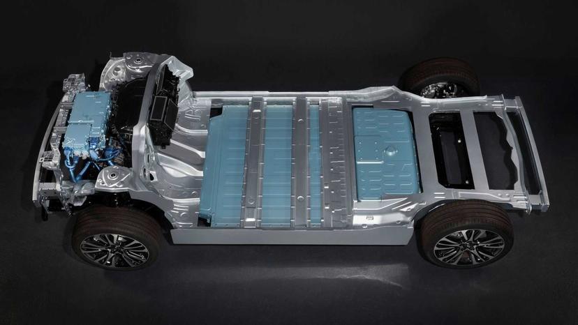 省電直追特斯拉!雷諾-Megane-eVision-電動休旅車撘載超輕薄電池,明年量產上市-4
