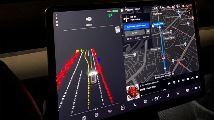 特斯拉-FSD-beta-將以每五至十天快速更新推進,馬斯克稱駕駛介入機率已減少-1-3-2
