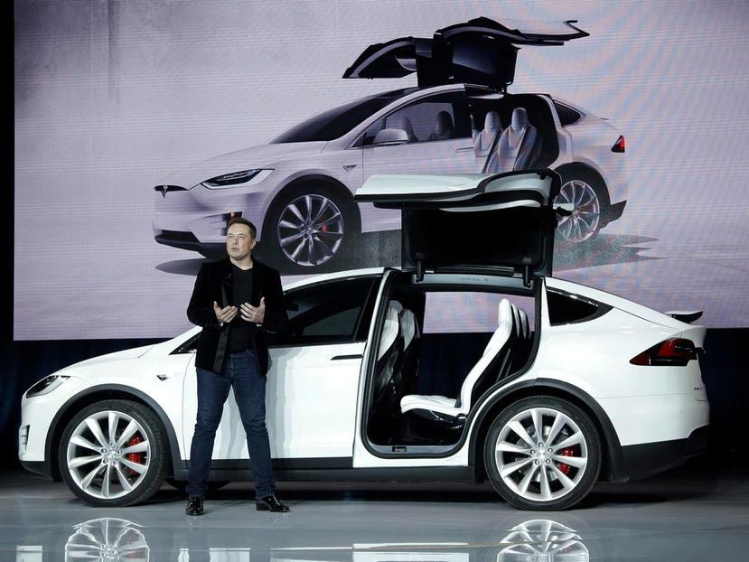 特斯拉設計首席爆內幕:Model-X-曾考慮過滑門版本?Model-3-極簡內裝是為了自動駕駛!-4