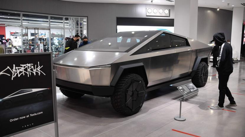 特斯拉設計首席爆內幕:Model-X-曾考慮過滑門版本?Model-3-極簡內裝是為了自動駕駛!-2