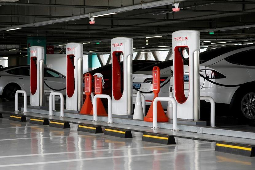 中國特斯拉:超充不排除開放它牌電動車充電,上海新工廠全力生產-V3-充電樁-1