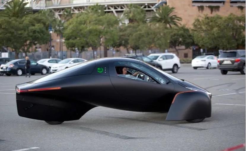 不用充電的電動車-Aptera-明年上市!續航突破-1600-公里,還疑似採用特斯拉充電技術-1