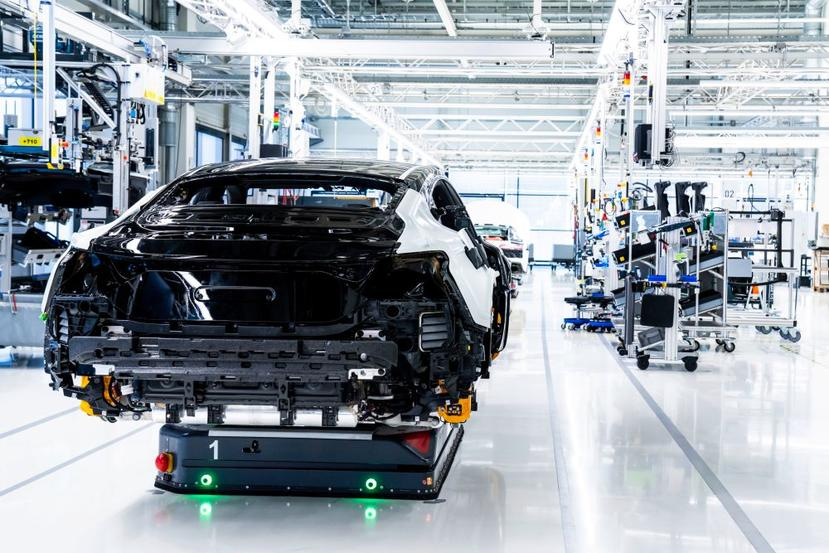 最大-700-匹馬力-+-四輪轉向系統,Audi-e-Tron-GT-電動跑車將於-2-月-9-日正式亮相-5