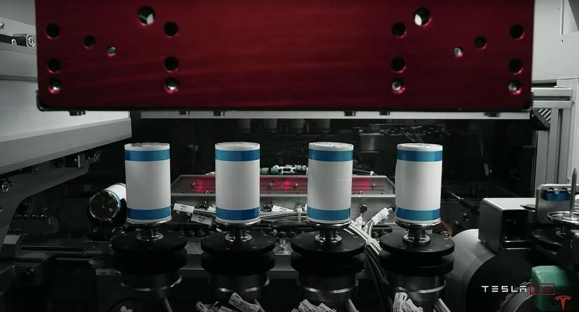 重金續綁特斯拉:松下日本工廠明年試產-4680-新型電池-1