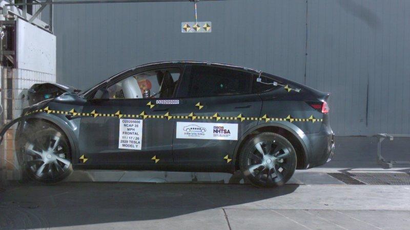 安全性再獲認證:特斯拉-Model-Y-奪-NHTSA-撞擊測試五星級最高評等-1