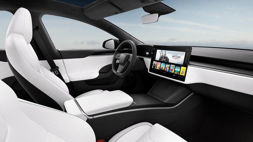 新款特斯拉-Model-S-實車首度曝光,但配置的竟然不是-Yoke-平把方向盤-3