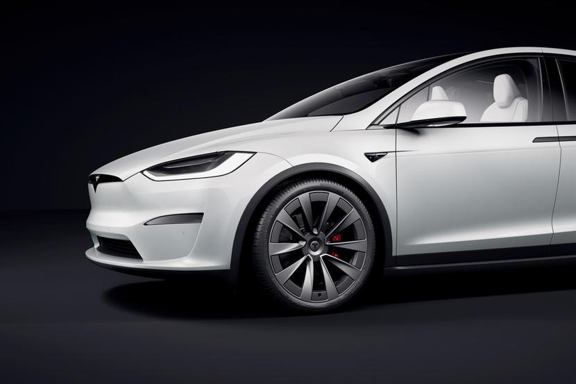 特斯拉新版-Model-X-S-台灣何時交車?最快可能也要等到年底-1