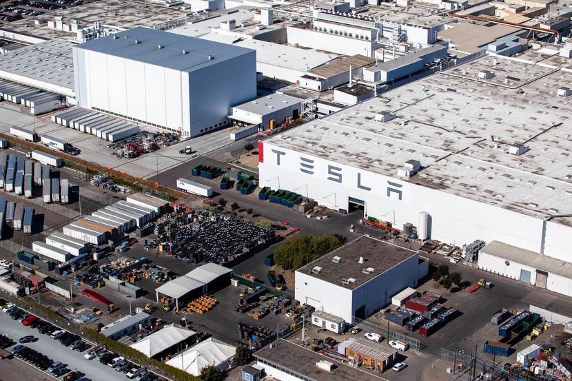 傳言加州工廠-Model-3-產線暫停:不是升級改版,而是沒晶片可用-1