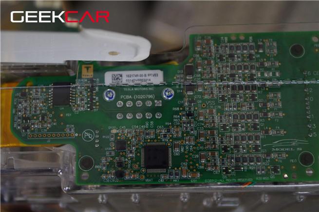 Model-S-85-度電池組降速門結案,其實是用軟體解決了棘手問題-1