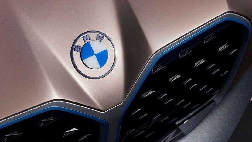 馬力破-500-匹的大鼻孔電動轎跑:BMW-i4-量產車型-3-月-17-日現真身-4