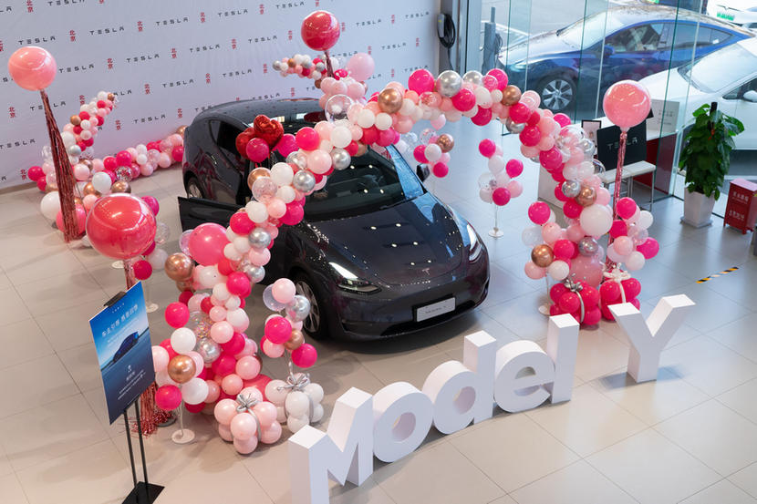 「時價」特斯拉再出招:中國-Model-Y-漲價-3.5-萬元,老車主爽喊「早買早賺到」-2
