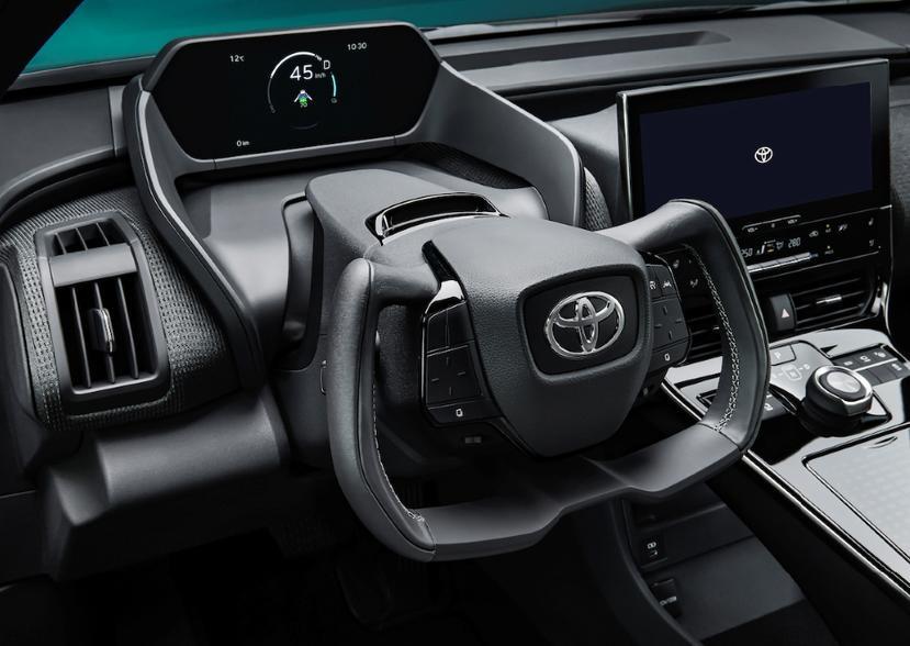 中-日兩地生產、2022-年中開賣,Toyota-bZ4X-概念車全球首發亮相-6