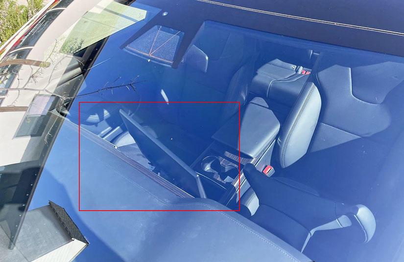 Model-S-娛樂大升級:超強性能玩《電馭叛客-2077》,還有-22-組喇叭、隔音玻璃和主動降噪-3