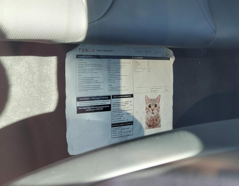 更多新版-Model-S-X-近距離直擊:通風座椅、車內鏡頭、後座螢幕...與更多細節-7