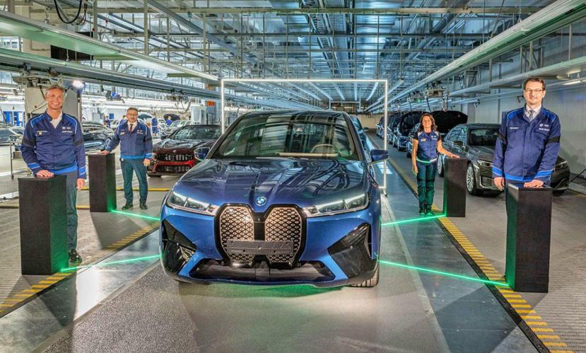 BMW-宣告-iX-電動休旅正式開始生產,同步確認-5-系列、7-系列下一代會電動化-1