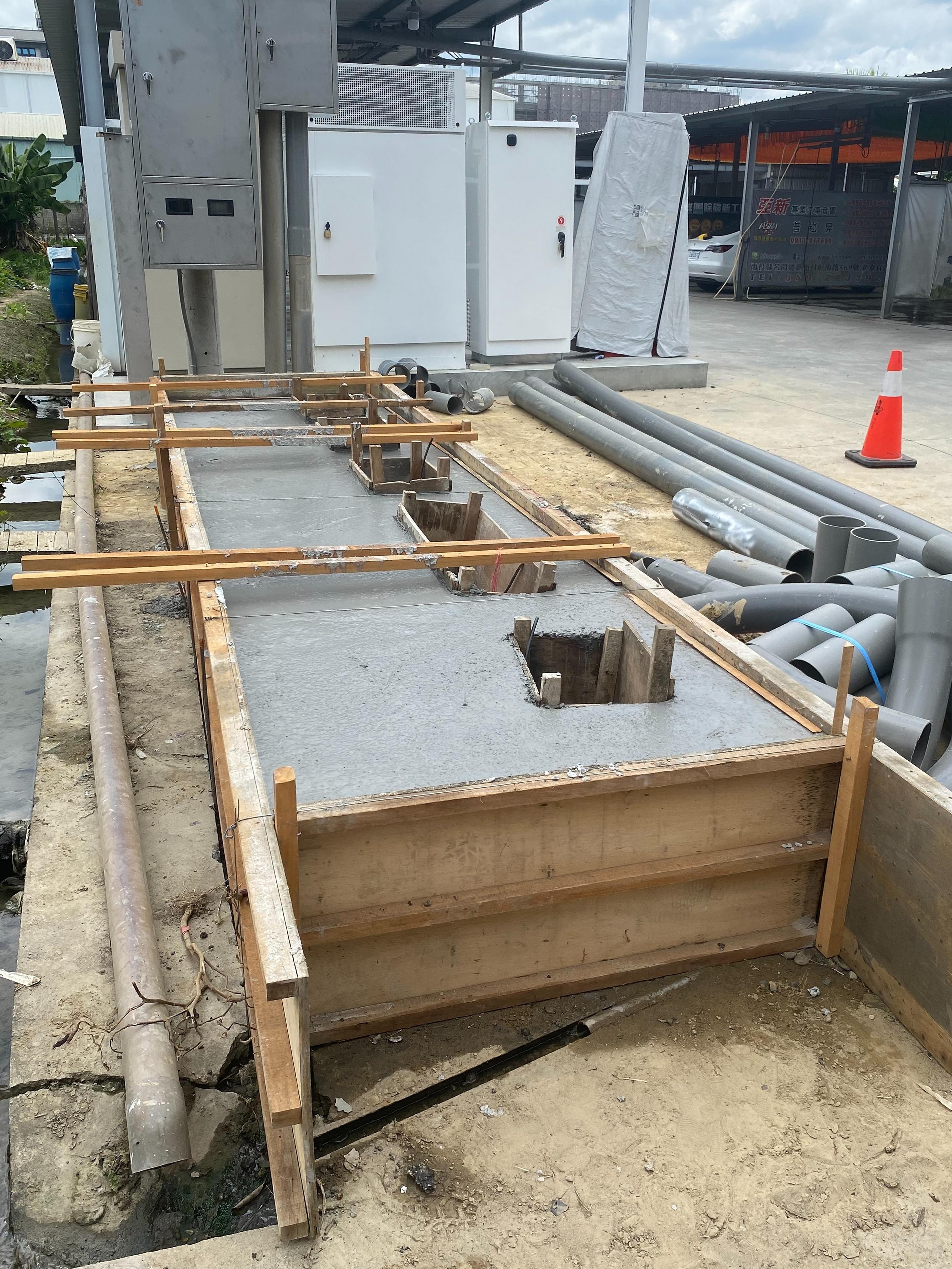 特斯拉草屯-V3-超充樁開始施工,距離通電啟用更近一步-1