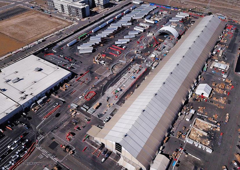 沒打算拆除另蓋實體建築,特斯拉加州工廠的帳篷產線將成為永久性設施-1