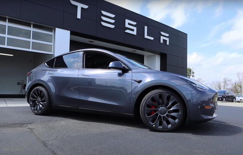 特斯拉-Model-Y-銷情火熱,北美第三季產量銷售一空、SR-車型中國首日訂單破萬-1