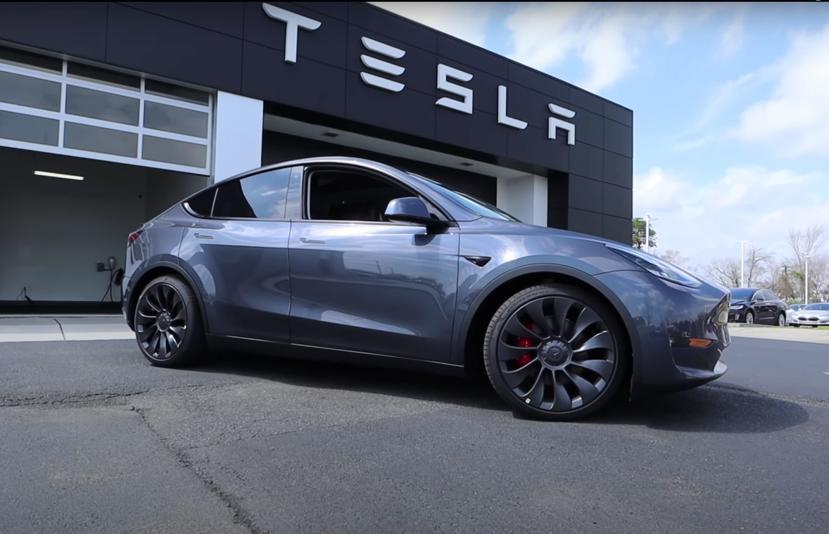 續航力衝上-640-公里!特斯拉-Model-Y-要推「Super-Long-Range」新車型?-1