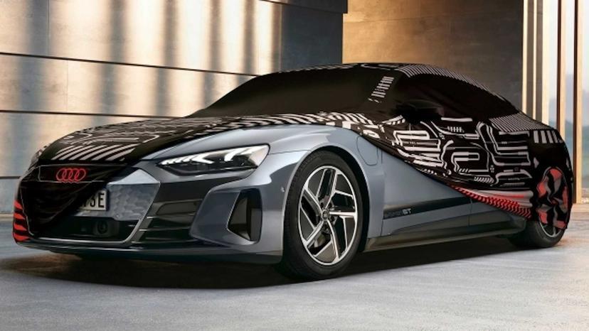 把量產車變回早期概念車,Audi-推-e-tron-GT-車系專屬酷炫迷彩車罩-1