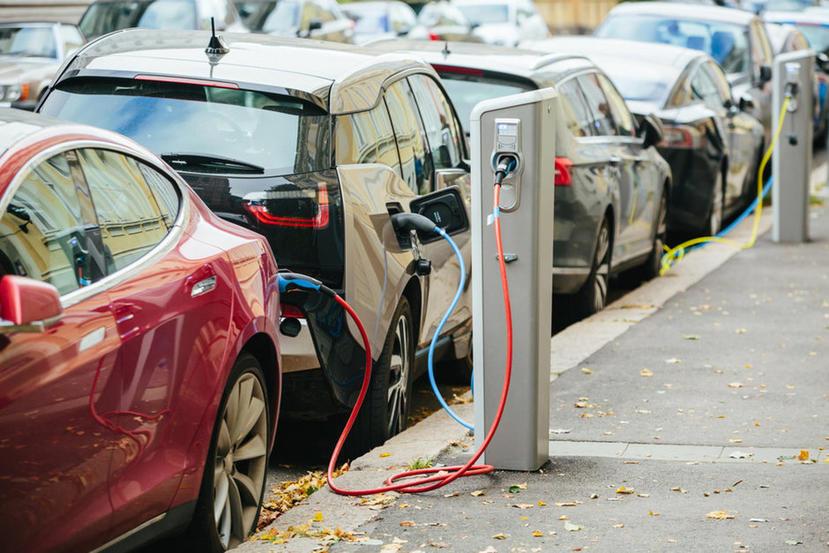 特斯拉以-15%-市佔率奪冠,2021-上半年全球電動車銷量暴增-160%-1