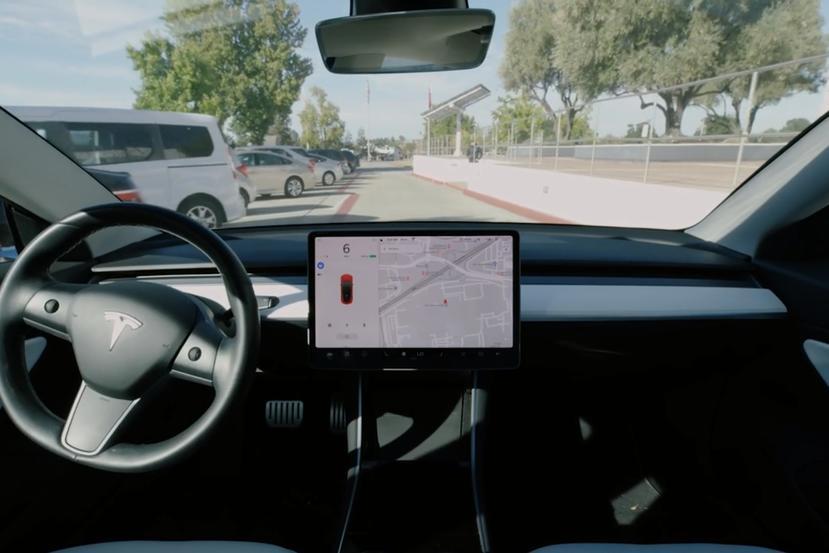馬斯克在內部會議再出狂言:「Model-2」平價電動車考慮不裝方向盤,FSD-自己開就夠了-2
