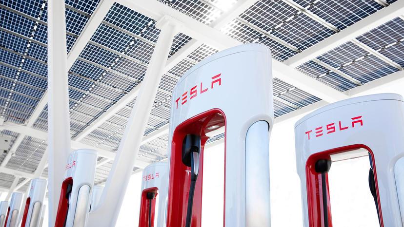 歐洲先行,特斯拉超充最快十月就會正式開放其他車廠使用-1